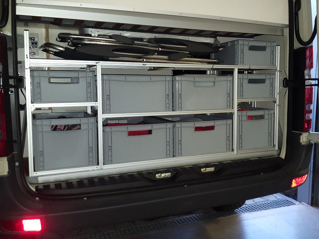 Aluprofiltechnik regalsystem fuer heckgarage staukammer for Reihengarderobenstander gebraucht